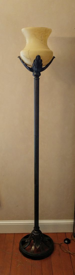 Torchiere Style Floor Lamp for Sale in Monroe, WA