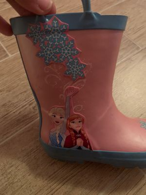 Frozen girl rain boots for Sale in Chula Vista, CA