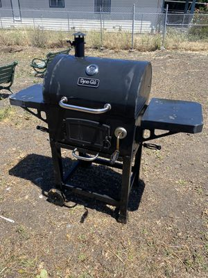 Smoker / BBQ grill for Sale in Richmond, CA