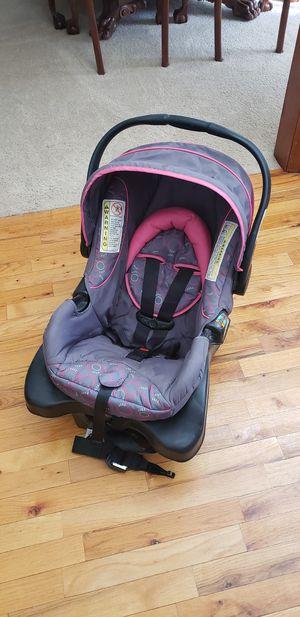 Safety 1st Infant/baby car seat for Sale in Eustis, FL