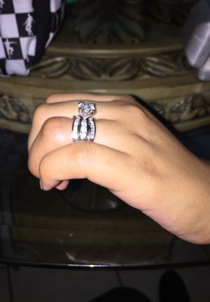 Wedding Ring Size 8 for Sale in Chicago, IL