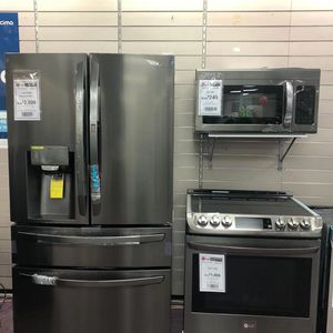 Refrigerator Dishwasher Stove Microwave for Sale in Hollywood, FL