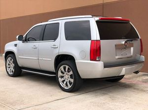 2013 Cadillac Escalade Luxury 4dr SUV for Sale in Houston, TX