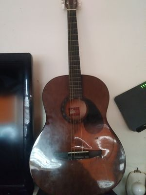 Rogue Acoustic Guitar for Sale in Brooklyn, NY