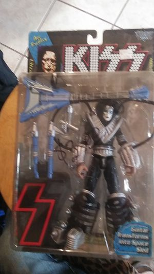 ACE FREHLEY & GENES SIMMONS mcfarlane figures for Sale in Lawton, OK