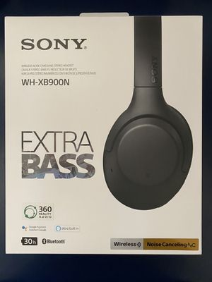 Sony Noise Cancelling Black Headphones WH-XB900N for Sale in Los Angeles, CA