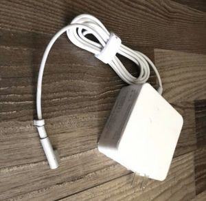 Mac Book Pro / MacBook Air Charger, Replacement Magsafe 1 Power Adapter L-Tip Magnetic Connector Charger for Apple MacBook Pro / MacBook Air 11 & 13 for Sale in South El Monte, CA
