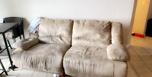 Free double reclining couch for Sale in Margate, FL
