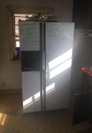 Ge refrigerator for Sale in Wichita, KS
