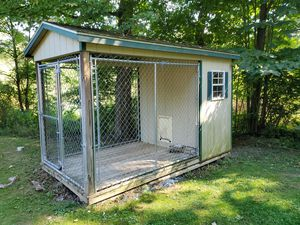 6' x 12' yoder barn dog kennel for Sale in Millmont, PA