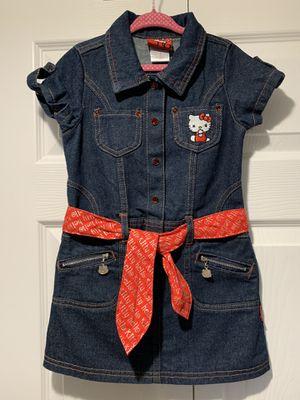 Hello Kitty denim dress 5T for Sale in Pembroke Pines, FL