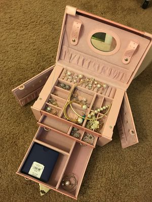 Jewelry boxes (jewelry is not included) for Sale in Rockville, MD