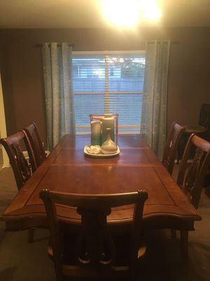 Wood Dining Table and Curio China Cabinet for Sale in Navarre, FL