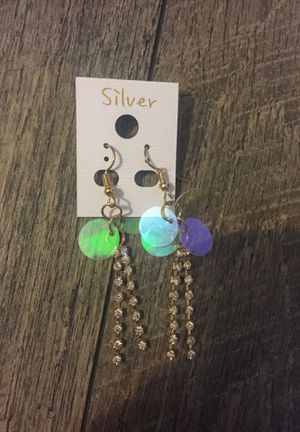 holo diamond drop earring for Sale in Las Vegas, NV