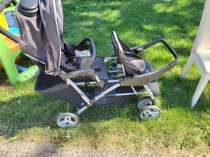 Double stroller for Sale in Mars, PA