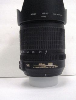 Nikon 18-105mm f/3.5-5.6G AF-S VR ED DX DLSR Camera Zoom Lense for Sale in Los Angeles,  CA