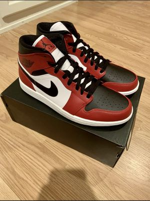 Size 9.5 Jordan 1 Mid Chicago Toe - BRAND NEW for Sale in Los Angeles, CA