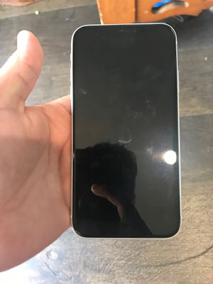 iphone xr for Sale in Richmond, CA