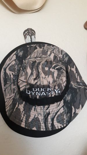 Duck Dynasty boonie and good condition for Sale in Amarillo, TX