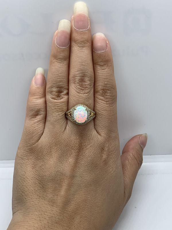 10k Opal/Diamond Ring