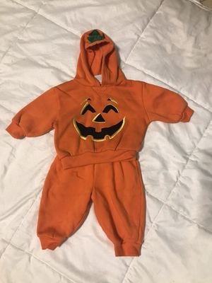 3-6 months Halloween pumpkin outfit for Sale in San Diego, CA