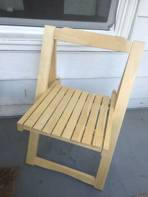 fold up wooden chair for Sale in Seattle, WA