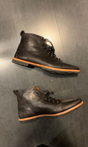 Timberland chukka size 9 for Sale in Chicago, IL