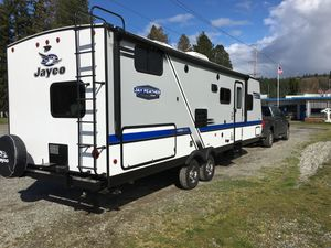 2018 Jayco Jay Feather 25BH Travel Trailer for Sale in Redmond, WA