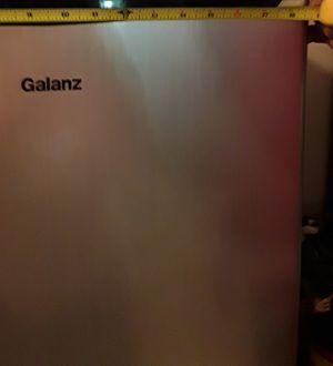 Ganaz mini refrigerator for Sale in Aurora, IL