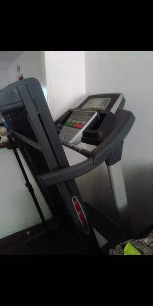 Treadmill for Sale in Grove City, OH