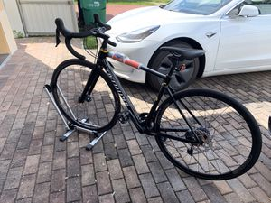 2018 BRAND NEW 52 ROUBAIX COMP FULL CARBON ROAD BIKE WITH ULTEGRA GROUPSET. for Sale in Miami, FL
