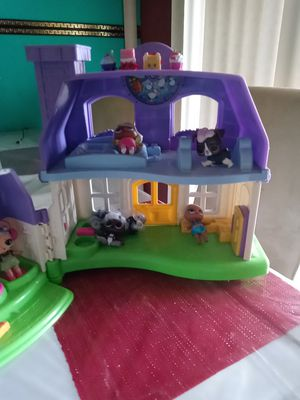 Play House with LOL Dolls and LOL Pet and Shopkins for Sale in Austin, TX