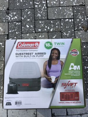 New Coleman air mattress with built in Pump for Sale in Pinecrest, FL