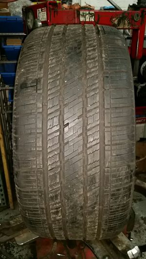1 used tire 275-25-24 vercelli for Sale in Chicago, IL