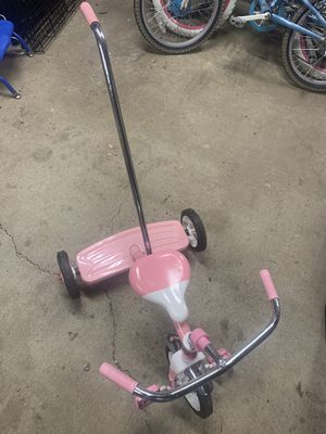 Tricycle with handle. for Sale in Nashville, TN