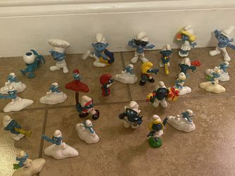 A Bundle Of Smurf Toys for Sale in Miami,  FL