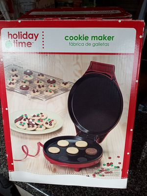 Cookie maker in box new for Sale in Dudley, NC