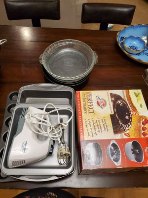 Baking items for Sale in Newberg, OR