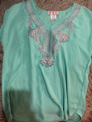 Turquoise tunic Tee size extra small for Sale in Denver, CO