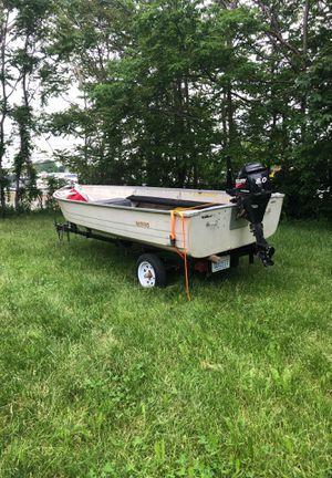 Mirro 14ft aluminum Fishing Boat 8.0 for Sale in Dearborn, MI
