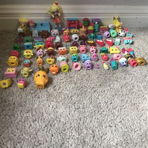 98 Shopkins With Case Included for Sale in Austin, TX