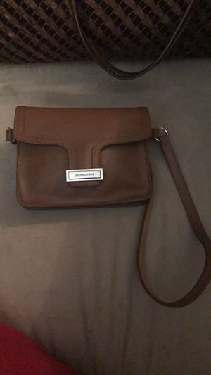 Michael Kors belt bag for Sale in Rockville, MD