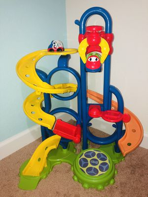 Oball Go Grippers Bounce 'N Zoom Speedway Track Play Set, Ages 24 months + for Sale in West Palm Beach, FL
