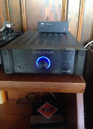 Emotiva basx a-100 stereo integrated power amplifier for Sale in Seattle, WA