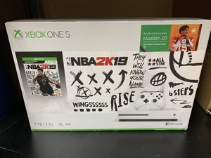 Xbox One S with NBA 2K19 $180 for Sale in Garland, TX