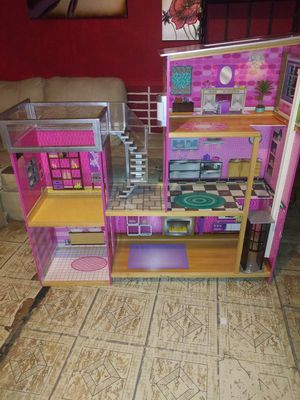 Uptown doll house for Sale in Fresno, TX