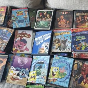 Family Dvd Collection 80+ Titles With Dvd/Blueray Player Included for Sale in Hialeah, FL