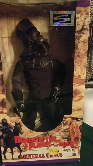 BENEATH THE PLANET OF THE APES GENERAL URSUS ACTION FIGURE NEW IN BOX for Sale in Tampa, FL