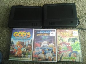 2RCA Head Rest DVD Monitors and 3 kids movies for Sale in Milton, FL