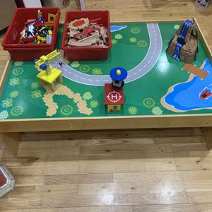 Kids Kraft Childrens Train Table With Tracks for Sale in Fallbrook, CA